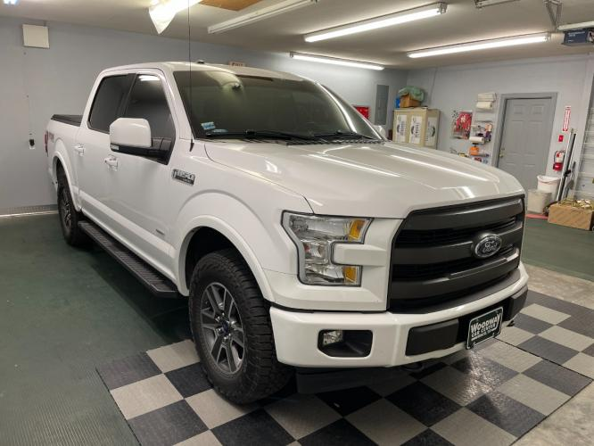 2017 Oxford White /Black Leather Ford F-150 Lariat FX4 (1FTEW1EGXHK) with an 3.5L V6 TURBO engine, Automatic transmission, located at 9900 Woodway Drive, Woodway, TX, 76712, (254) 751-1444, 31.493961, -97.228523 - Photo #9