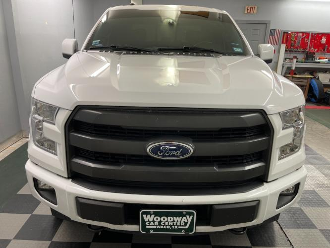 2017 Oxford White /Black Leather Ford F-150 Lariat FX4 (1FTEW1EGXHK) with an 3.5L V6 TURBO engine, Automatic transmission, located at 9900 Woodway Drive, Woodway, TX, 76712, (254) 751-1444, 31.493961, -97.228523 - Photo #10