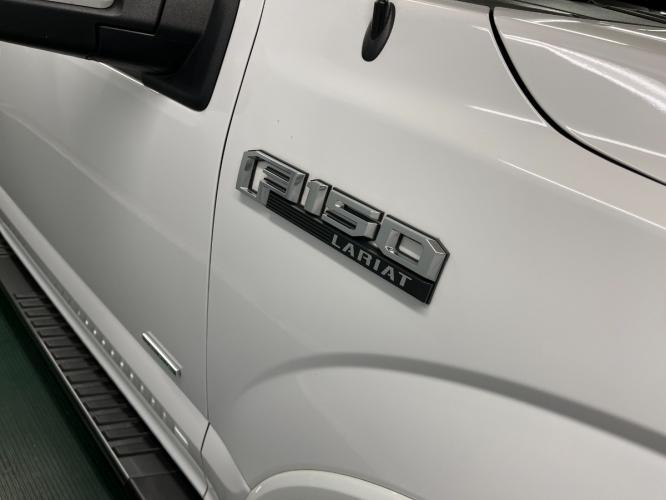 2017 Oxford White /Black Leather Ford F-150 Lariat FX4 (1FTEW1EGXHK) with an 3.5L V6 TURBO engine, Automatic transmission, located at 9900 Woodway Drive, Woodway, TX, 76712, (254) 751-1444, 31.493961, -97.228523 - Photo #24