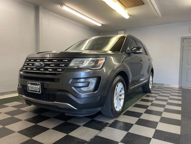 2016 Ford Explorer XLT Leather Loaded Extra Clean!!!