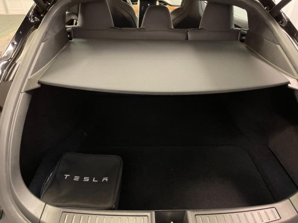 2018 Black /Black Leather Tesla Model S 100D (5YJSA1E2XJF) with an ELECTRIC engine, Automatic transmission, located at 9900 Woodway Drive, Woodway, TX, 76712, (254) 751-1444, 31.493961, -97.228523 - Photo #21