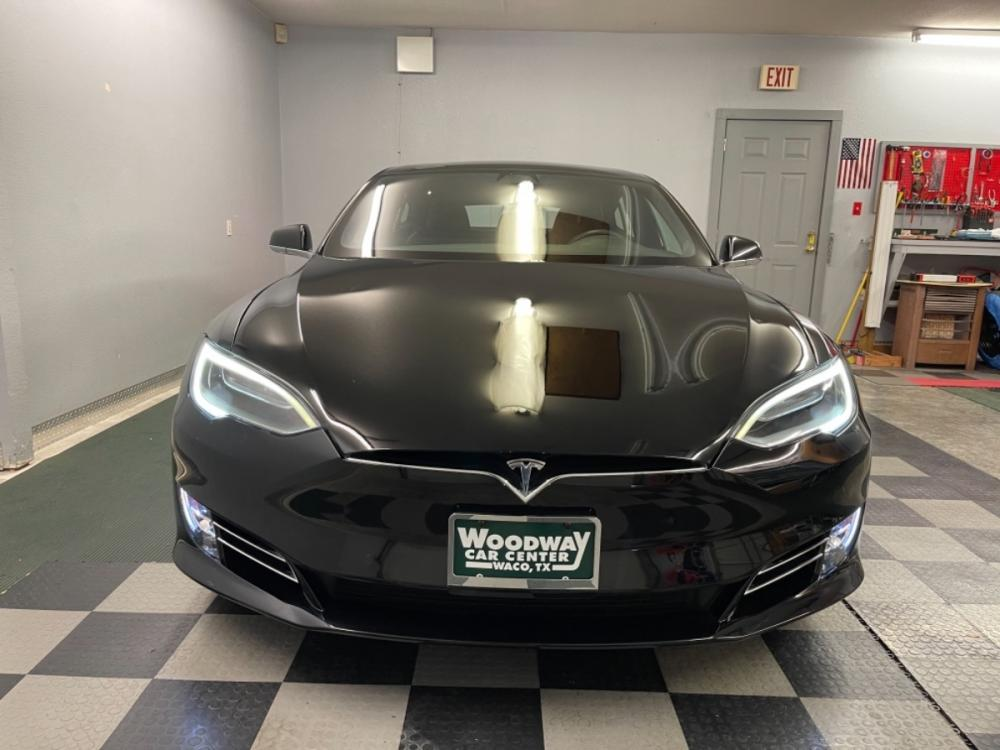 2018 Black /Black Leather Tesla Model S 100D (5YJSA1E2XJF) with an ELECTRIC engine, Automatic transmission, located at 9900 Woodway Drive, Woodway, TX, 76712, (254) 751-1444, 31.493961, -97.228523 - Photo #8